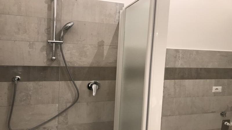 Ap appartamento porta maggiore for Arredo bagno ascoli piceno